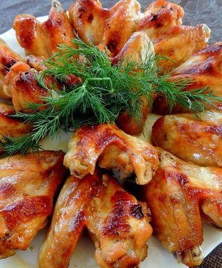 Аппетитные куриные крылышки