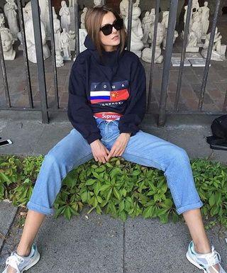 Свитшоты от Гоши Рубчинского в молодежном гардеробе