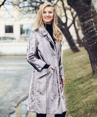 Стильные пальто из искусственного меха