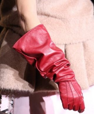 Модные перчатки осень-зима 2018 — 2019