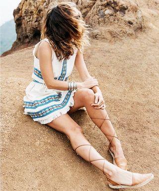 Сандалии: с чем носить
