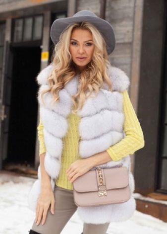 Красивые меховые жилеты 2018-2019: модные тренды