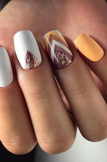 Какие цвета лаков для ногтей модные в 2018-2019 году: актуальный маникюр для всех сезонов