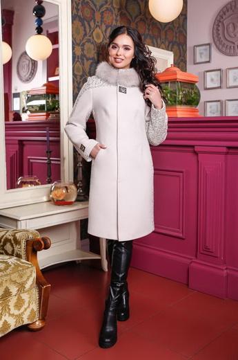 6fa282f39c4 Также пользуются популярностью женские зимние меховые пальто – они  невероятно теплые и представлены в широком ассортименте фасонов и расцветок.